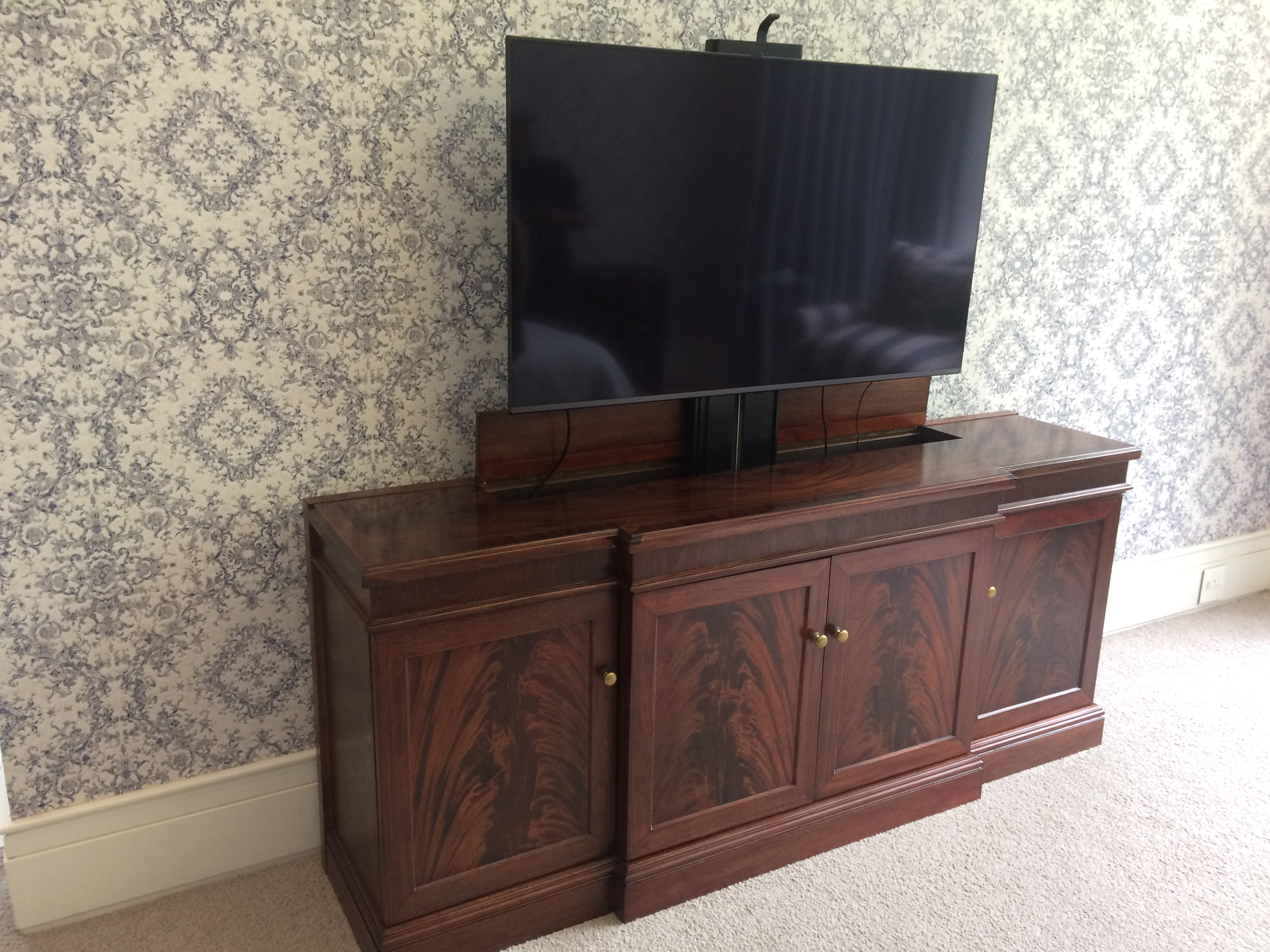 TV Riser